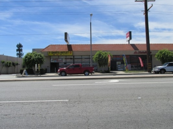 Listing Image #1 - Retail for lease at 547 N. Azusa Avenue, West Covina CA 91791