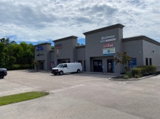 Retail for lease in Fort Myers, FL