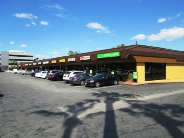 Listing Image #1 - Retail for lease at 14423-49 Ventura Boulevard, Sherman Oaks CA 91423
