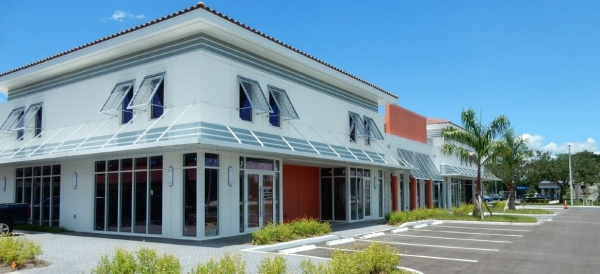 Listing Image #1 - Retail for lease at 7001 Cypress Ter., Fort Myers FL 33907