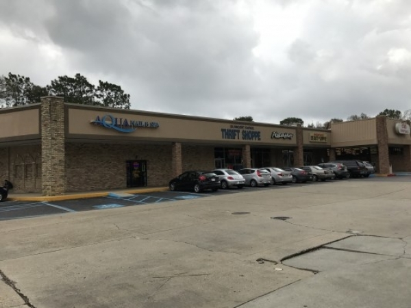 Listing Image #1 - Shopping Center for lease at 3880 N. Ninth Ave., Pensacola FL 32503