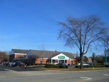 Retail property for lease in Downers Grove, IL