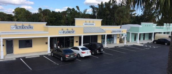 Listing Image #1 - Retail for lease at 12709-12731 McGregor Blvd., Fort Myers FL 33919
