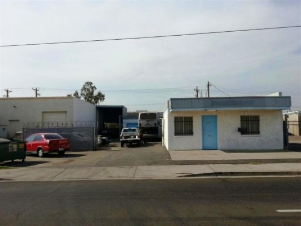 Listing Image #1 - Industrial for lease at 4238 E University Drive, Phoenix AZ 85034
