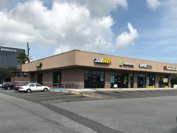 Listing Image #1 - Shopping Center for lease at 303 W. Esplanade Ave., Kenner LA 70065