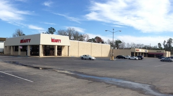 Listing Image #1 - Shopping Center for lease at 11370 Hwy. 49 N., Gulfport  MS 39503