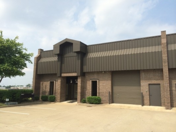 Listing Image #1 - Industrial for lease at 6131 Wedeking Avenue, Suite G-3, Evansville IN 47715