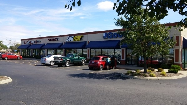 Listing Image #1 - Retail for lease at 1375-79 Leesburg Ave, Washington Court Hou OH 43160