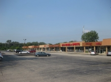 Listing Image #1 - Shopping Center for lease at 3010-3054 Hobson Road, Woodridge IL 60517