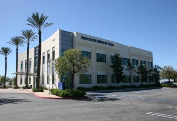 Listing Image #1 - Health Care for lease at 27462 Portola Parkway, Foothill Ranch CA 92610