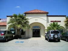 Office property for lease in Madera, CA