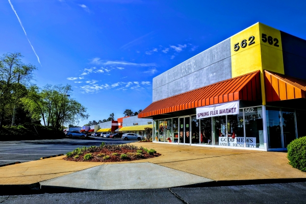 Listing Image #1 - Retail for lease at 562 Wylie Rd, Marietta GA 30067