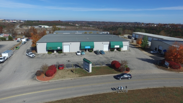 Listing Image #1 - Industrial for lease at 139 Industrial Park Dr., Hollister MO 65672