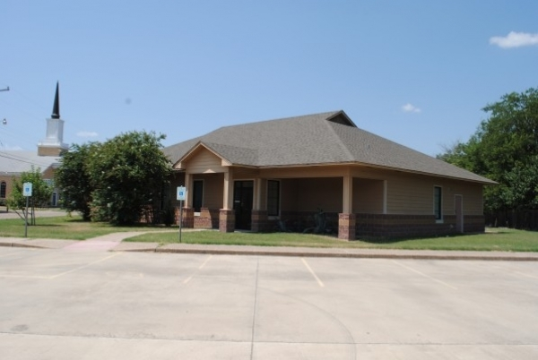 Listing Image #1 - Health Care for lease at 901 Ashleman, Bellmead, McLennan TX 76705