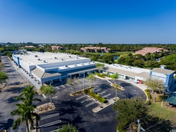 Listing Image #1 - Retail for lease at 600 N Congress Ave, DELRAY BEACH FL 33445