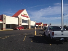 Retail for lease in Newburgh, IN