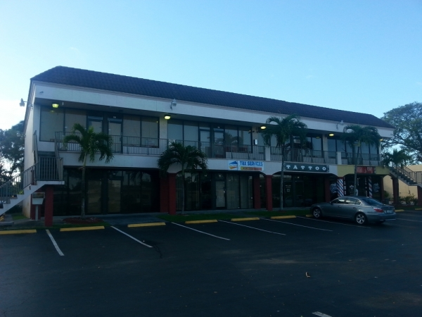 Listing Image #1 - Office for lease at 600 NW 44 St, Oakland Park FL 33309