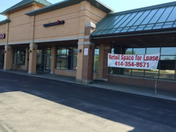 Listing Image #1 - Retail for lease at 221 N. Main St., Thiensville WI 53092