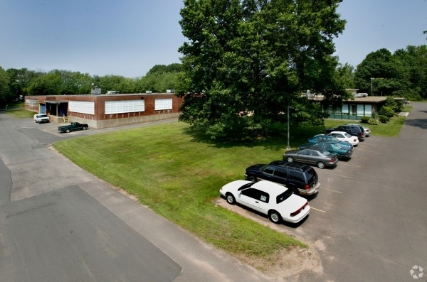 Listing Image #3 - Retail for lease at 85 Granby Street, Bloomfield CT 06002