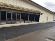 Retail property for lease in Roseburg, OR