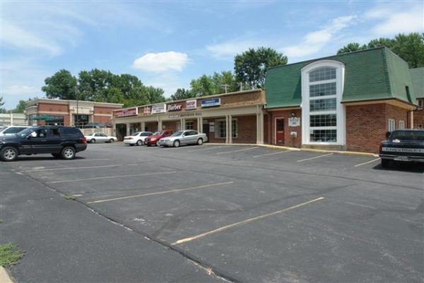 Listing Image #2 - Retail for lease at 2310--2326 S. Brentwood Blvd, St. Louis MO 63144