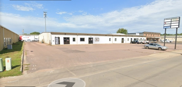 Listing Image #1 - Business Park for lease at 523 N Kiwanis, Sioux Falls SD 57104