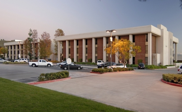 Listing Image #1 - Health Care for lease at 11100 warner ave., Fountain Valley CA 92708