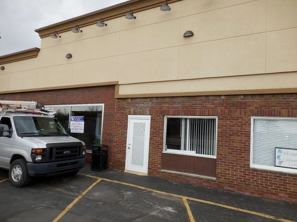 Listing Image #3 - Retail for lease at 15579 S Dixie Hwy, Monroe MI 48161