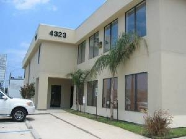 Listing Image #1 - Office for lease at 4323 Division Street, Metairie LA 70002