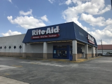 Retail for lease in Lake Charles, LA