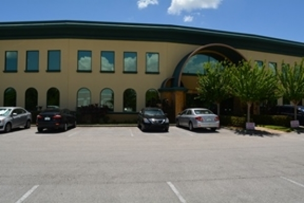 Listing Image #1 - Industrial for lease at 7075 Kingspointe Pkwy, #9, Orlando FL 32819
