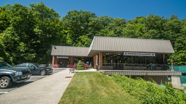 Listing Image #1 - Retail for lease at 1 Ethan Allen Highway, Ridgefield CT 06877