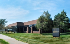 Multi-Use property for lease in Urbandale, IA