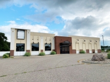 Retail property for lease in St. Peter, MN