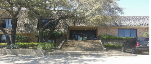 Listing Image #1 - Office for lease at 7111 Bosque Boulevard, Waco TX 76710