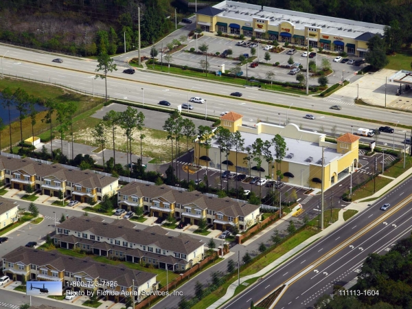 Listing Image #3 - Shopping Center for lease at 1984 Alafaya Trail, Oviedo FL 32765