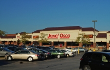 Shopping Center for lease in Carol Stream, IL