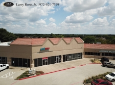 Retail for lease in Flower Mound, TX