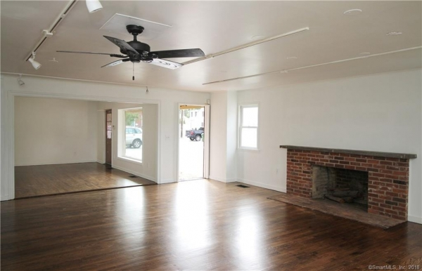 Listing Image #3 - Multi-Use for lease at 55 Main Street Unit #3, Essex  CT 06426
