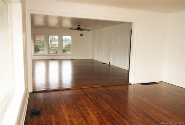 Listing Image #4 - Multi-Use for lease at 55 Main Street Unit #3, Essex  CT 06426