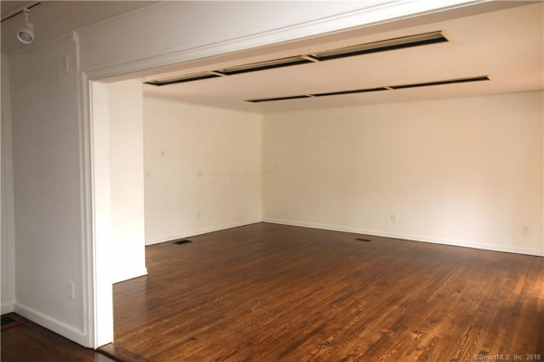 Listing Image #5 - Multi-Use for lease at 55 Main Street Unit #3, Essex  CT 06426