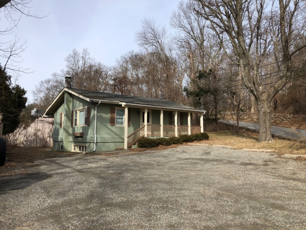 Listing Image #2 - Multi-Use for lease at 4 Trinity Pass Rd, Pound Ridge NY 10576