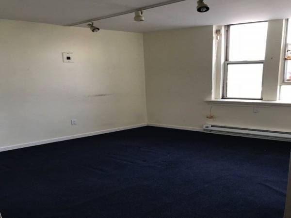 Listing Image #4 - Office for lease at UNION TURNPIKE AND QUEENS BLVD, FOREST HILLS  NY 11375