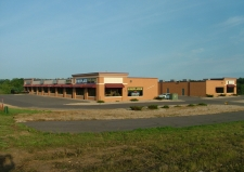 Retail property for lease in Hudson, WI