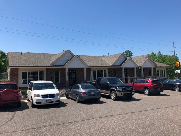 Listing Image #1 - Office for lease at 6230 10th St N, Oakdale MN 55128