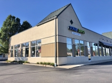 Retail property for lease in Munster, IN