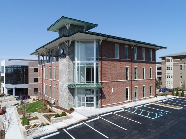 Listing Image #1 - Office for lease at 844 North New Ballas Court, Creve Coeur MO 63141