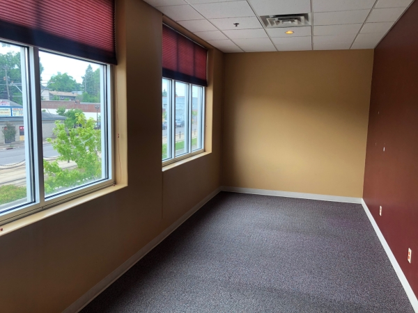 Listing Image #7 - Office for lease at 441 University Ave W, Saint Paul MN 55103