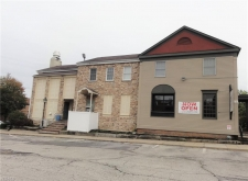 Retail property for lease in Akron, OH