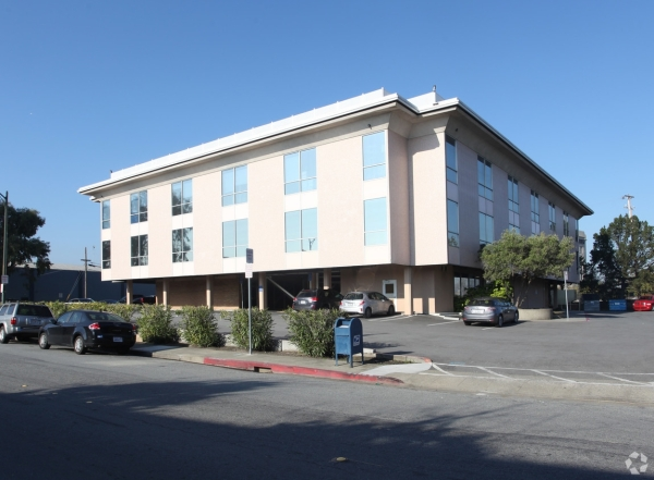 Listing Image #2 - Office for lease at 1849 Bayshore Hwy, Burlingame CA 94010